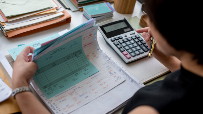 requisitos factura simplificada